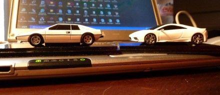 https://hips.hearstapps.com/amv-prod-cad-assets.s3.amazonaws.com/wp-content/uploads/2010/10/Lotus-Esprit-S1-and-2014-Lotus-Esprit-concept-440x190.jpg