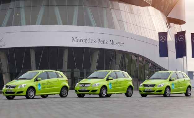 Mercedes-Benz Celebrates 125th Anniversary by Sending Fuel-Cell Cars on 18,600-Mile Trip