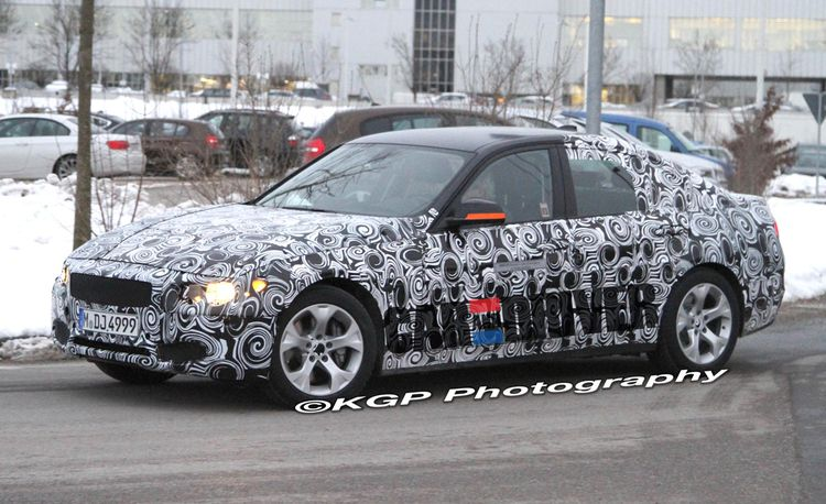 BMW 3-series Hybrid Prototype Spied Wearing Next-Gen Sheetmetal