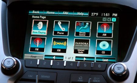 Chevrolet Announces MyLink Infotainment System, Puts it in 2012 Equinox and Volt