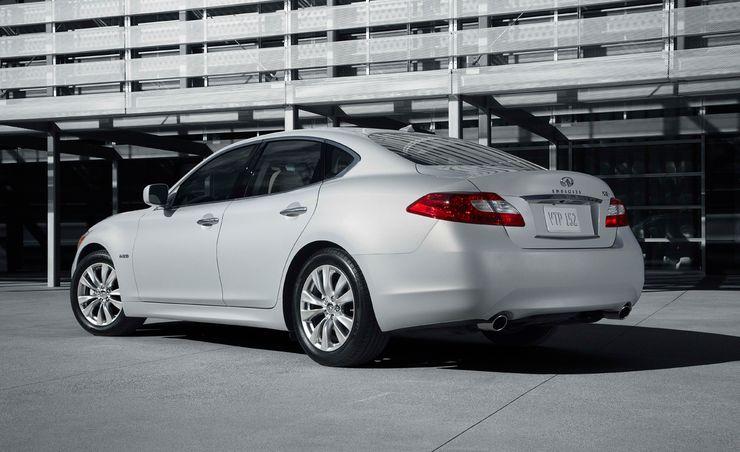2012 Infiniti M35h Hybrid Priced at $54,575