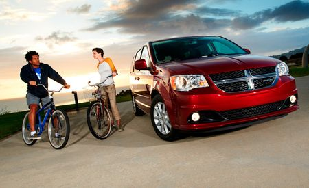Dodge Drops Grand Caravan Pricing by $1000, to $24,830