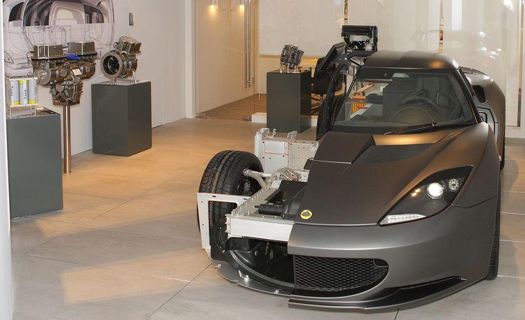 Lotus Engineering Works with Rolls-Royce on Electric Phantom, Introduces Drop-In Range Extenders