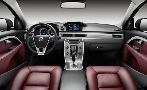 Volvo XC70 and S80 Get Refresh and More Safety Tech for 2012
