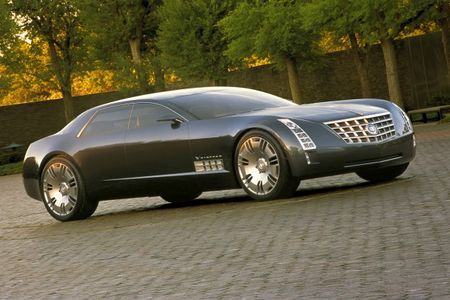 Cadillac Planning RWD Sedan to Go After the 7-series and S-class . . . And Maybe Even the Rolls-Royce Phantom