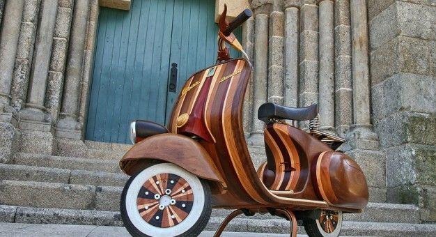 Genius Artiste Builds Vespa Daniela Scooter Out of Wood