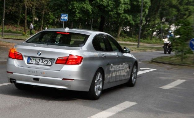BMW Developing Left Turn Assistant For Those Who Have Difficulty Safely Turning Left