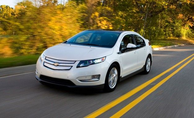2013 Chevy Volt Gets Slight Bumps in EV Range and MPGe Rating