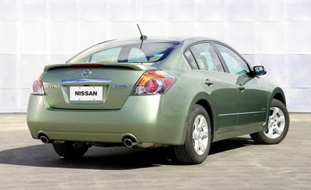 Nissan Spinning Front-Drive Hybrid System Off of Its Rear-Drive Hybrid Tech