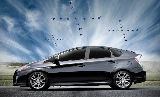 Toyota Prius Plus Performance Package Brings Body Kit and Lower Springs