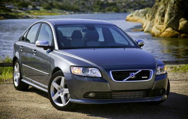 Volvo S40 Sedan Joins V50 Wagon in U.S.-Cancellation-Ville