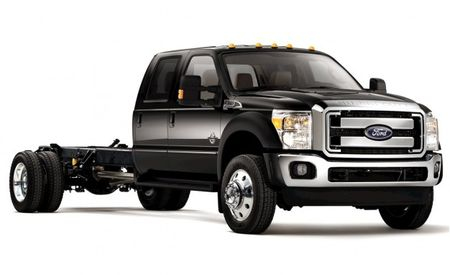 Ford F-series Super Duty Trucks to Get Plug-In Hybrid System