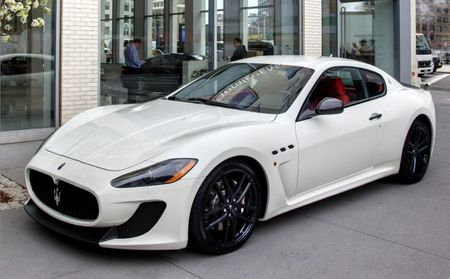 Maserati Prices Hardcore GranTurismo MC at $143,400, Sportiest Convertible at $146,300