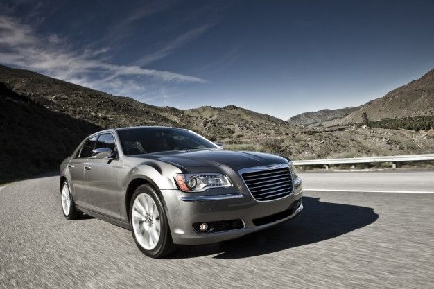 Chrysler's Eight-Speed Transmission to be Standard on Most V-6 300 and Charger Models