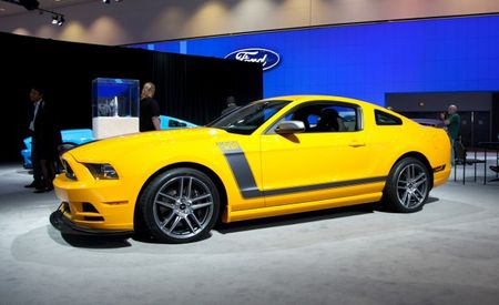 2013 Ford Mustang Boss 302 Does Its Best Impression of the 1970 Model, Gets New Color Schemes