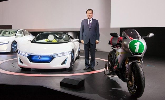 The Rest of Honda's Tokyo Show Stand: A Tiny Box, an Electric Bike, and a Few Scooters