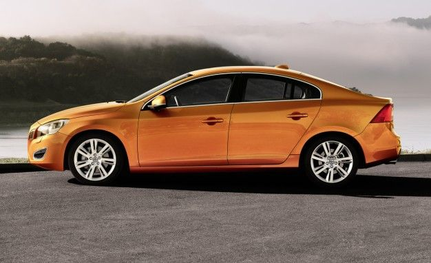 Volvo to Split S60 Lineup with T5 AWD Model