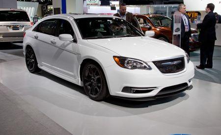 Mopar to Debut Appearance, Tuning Packs for Chrysler 200 at Detroit Show