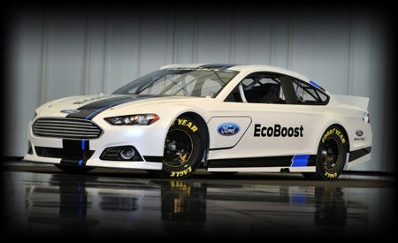 Ford Reveals 2013 Fusion NASCAR Sprint Cup Car, Looks More Like Production Model than Old One