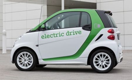 Smart Updates Fortwo Electric Drive for 2012, Adds More Performance [Geneva Auto Show]