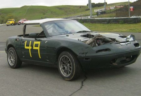 LeMons Good/Bad Idea of the Week: Two-Stroke Miata!