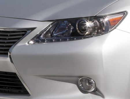 Updated: 2013 Lexus ES Confirmed for NYC, Previewed in Photo [New York Auto Show]