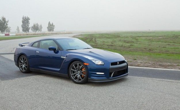 2013 Nissan GT-R Experience: Driving School Included With the ...