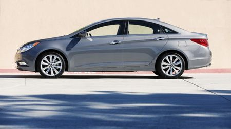 2013 Hyundai Sonata Gets Shuffled Equipment and Price Bumps, Drops Manual Model
