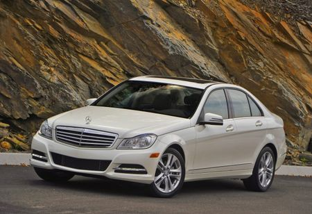 Mercedes-Benz C300 4MATIC to Get 3.5-Liter V6 for 2013