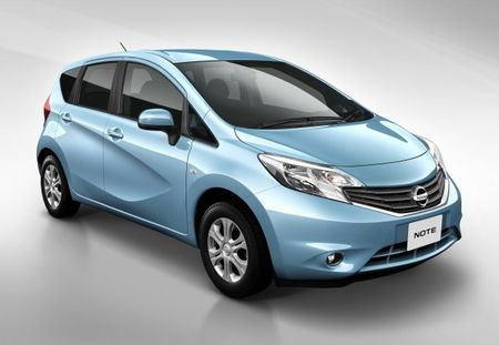 Nissan Note Kind of, Sort of Previews Upcoming Versa Hatchback
