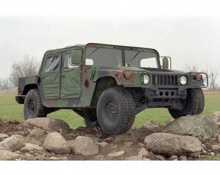 AM General Considering Humvee Kit Vehicle for Civilians