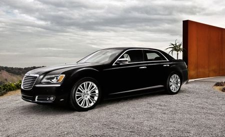 2013 Chrysler 300: Pentastar V-6 Engine Standard Across the Lineup, Hemi V-8 Optional