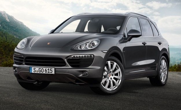 Porsche Reveals New Cayenne S Diesel for Europe With 382-hp Twin-Turbo V8