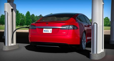 """Tesla Kicks Off """"Supercharger"""" Network of Free Solar-Powered Recharging Stations"""