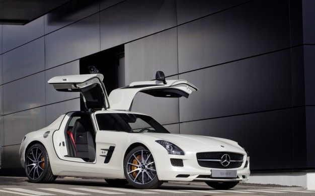 Mercedes-Benz Prices Updated 2013 SLS AMG GT at $202,505, Roadster at $209,005