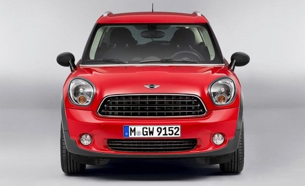 Mini Updates Countrymans Interior For 2013 News Car And Driver