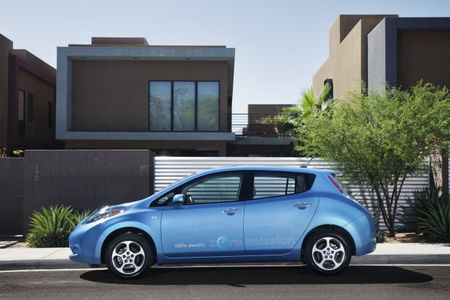 Nissan to Extend Leaf Warranty to Cover Battery-Capacity Loss