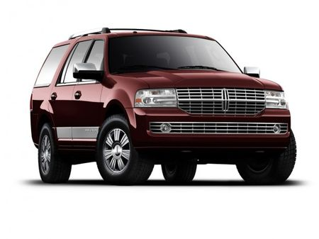 Lincoln Navigator to Live On, Will Add Turbocharged V-6 Engine, According to Reports