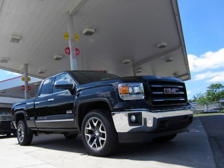 GM Reveals Fuel Economy for 2014 Chevrolet Silverado and GMC Sierra's 4.3-Liter V-6