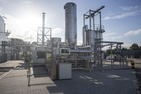 Audi Opens First e-gas Synthetic Fuel Production Facility