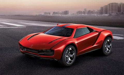 The Continental: Drama at Villa d'Este, a Benz Recall, and GM Truck News