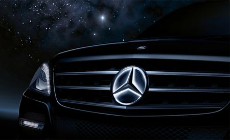 Mercedes-Benz Gets Its Shine On, Introduces Illuminated Three-Pointed Star Emblems