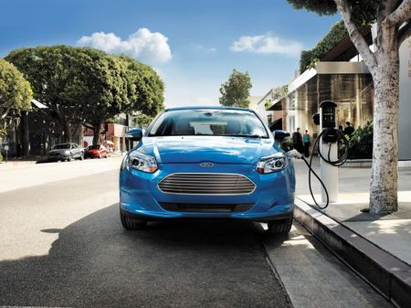 EV Price War: Ford Slashes Focus Electric Price by $4000, Now Starts at $35,995