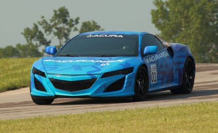 Acura NSX Prototype with Production Powertrain to Pre-Run IndyCar Race