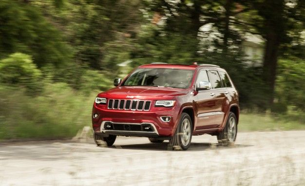 NHTSA Investigating Jeep Grand Cherokee for Rolling When Parked