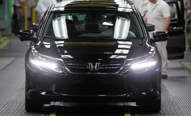 High-Flying Hybrid: Honda Prices 50-mpg 2014 Accord Hybrid from $29,945
