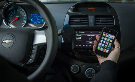 Availability of Apple's Eyes Free Siri Integration Expands to Six More 2014 Chevrolet Models