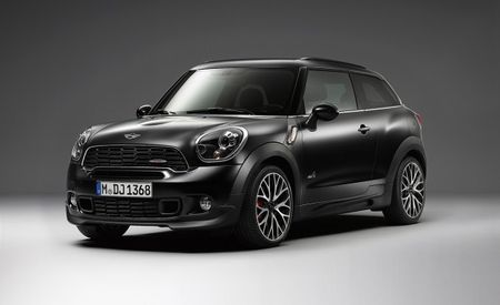 Mini Countryman Black Knight Edition Slips into Veracity Under Cloak of Darkness