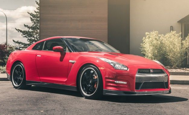 Nissan Exec: Expect Next Gen GT R To Be Hybridized