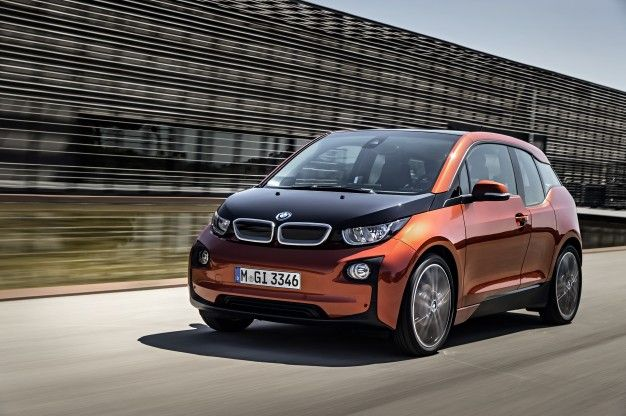 BMW i3 Owners Hack Software to Fit Extra 1/2-Gallon of Gas